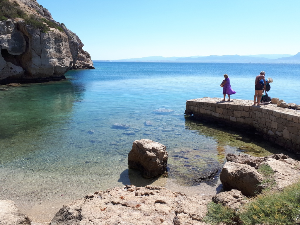 En heldag i Loutraki – Vouliagmenisjön och Ireonstranden